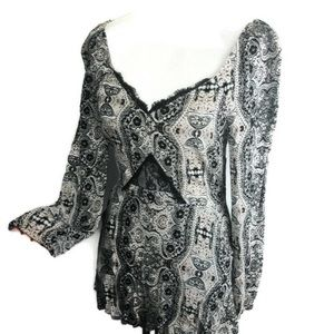 Kendall and Kylie lace abstract print romper xs
